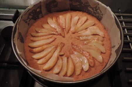 Cheesecake met gekarameliseerde peren maken