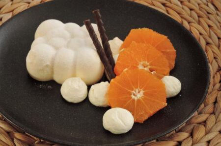 Bavarois van kwark met mandarijn klein