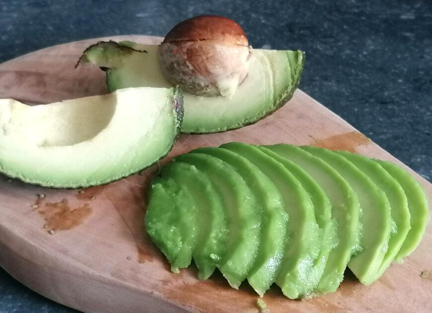 avocado kopen snijden en bewaren